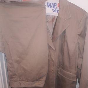 Plus size Capri pants suit